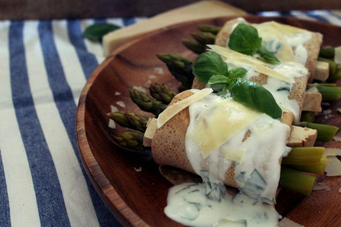 crepes espargos molho iogurte - myintegralis